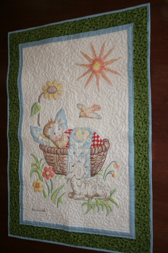 Copy of jennifer fiut - embroidered baby quilt 002