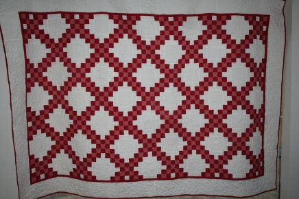 michelle - red chain on white 001